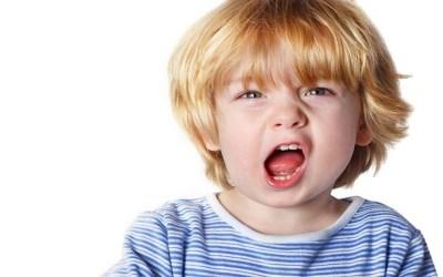 هذه طرق التعامل مع السلوك العدواني لدى الطفل
