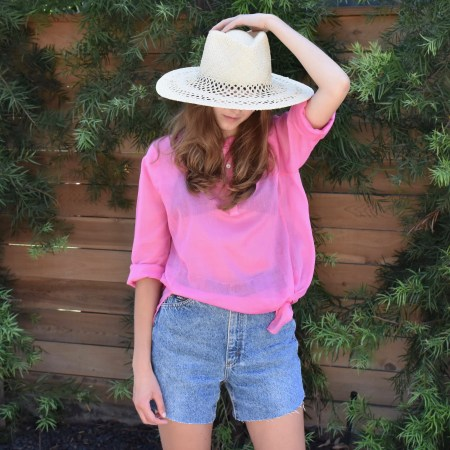 Essential Tunic, Straw Hat & Shorts