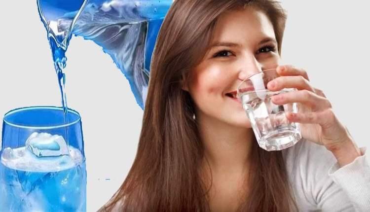 فوائد شرب الماء على معدة فارغة كل صباح للجسم