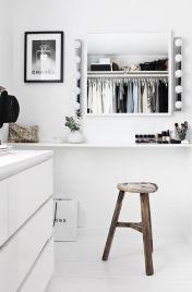 Garderoba i makijarz dobrze jeśli się uda w jednym miejscu.