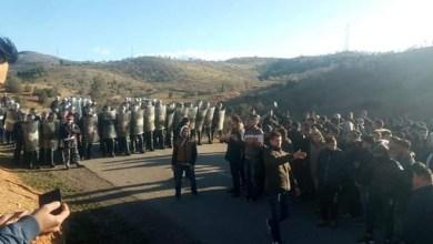 Photo of الريف يتحرك من جديد.. إضراب عام بتامنسيت والسلطات تمنع مسيرة احتجاجية