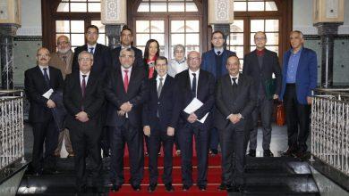 Photo of العثماني يجتمع بلجنة الحق في الحصول على المعلومات ويحثها على النزاهة والشفافية