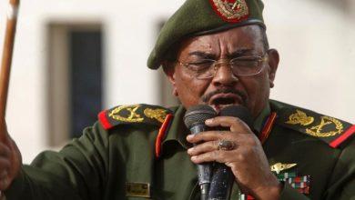 """Photo of انقلاب عسكري على العسكر.. السودان تاريخ من """"سرقة الثورات"""" (فيديو)"""