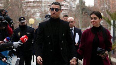 "Photo of رونالدو أول لاعب كرة قدم يدخل لائحة ""بليونيرات"" العالم"