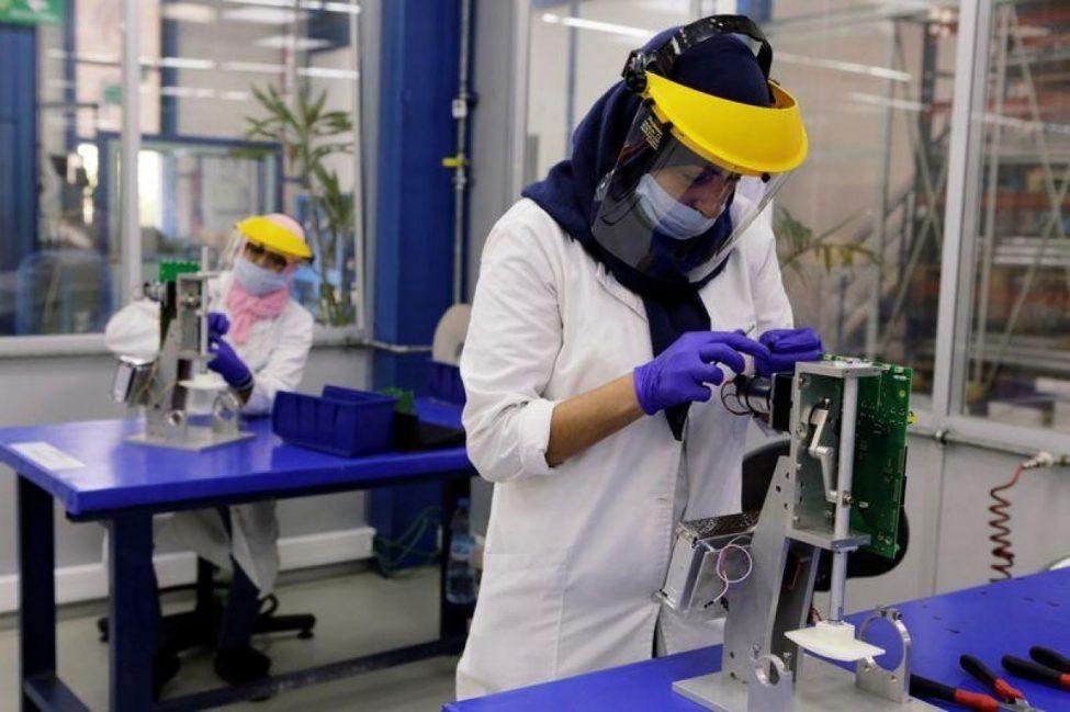 مغاربة يتوجون في المسابقة الدولية للإختراعات في مجال مكافحة وباء كوفيد-19