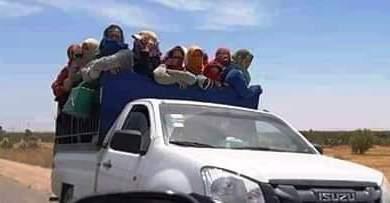 Photo of فاجعة وفاة غزلان تدفع حقوقيين للفت الانتباه إلى الظروف اللاإنسانية للعاملات الزراعيات