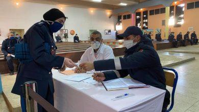 Photo of مندوبية إدارة السجون تواصل حملة تلقيح موظفيها ب57 مؤسسة مختلفة