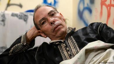 منجب يضرب عن الطعام احتجاجا على منعه من السفر
