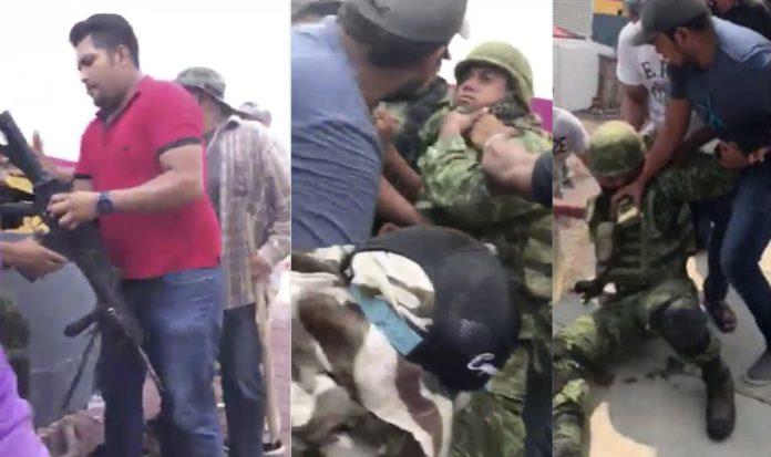 Image result for Pobladores desarman y retienen a militares en Michoacán
