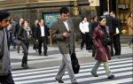 Personas envíen mensajes de texto caminando serán multadas en NY