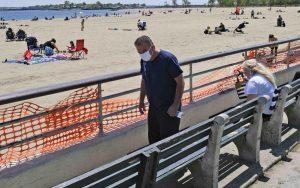 Hispano muere ahogado en playa de Nueva York está cerrada a bañistas