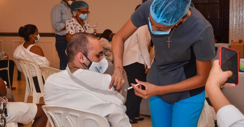 Comienza en R. Dominicana segunda fase de vacunación contra Covid-19