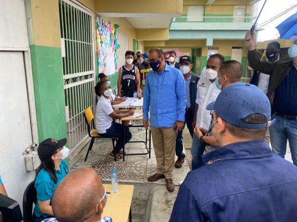 Ministro resalta brigadas del MOPC  vacunaron a más de 45 mil en SDN