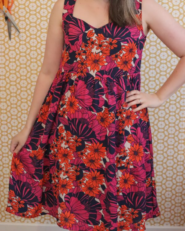 Almond rock psychedelic simplicity 9936 sewing pattern in 1970s neon floral georgette