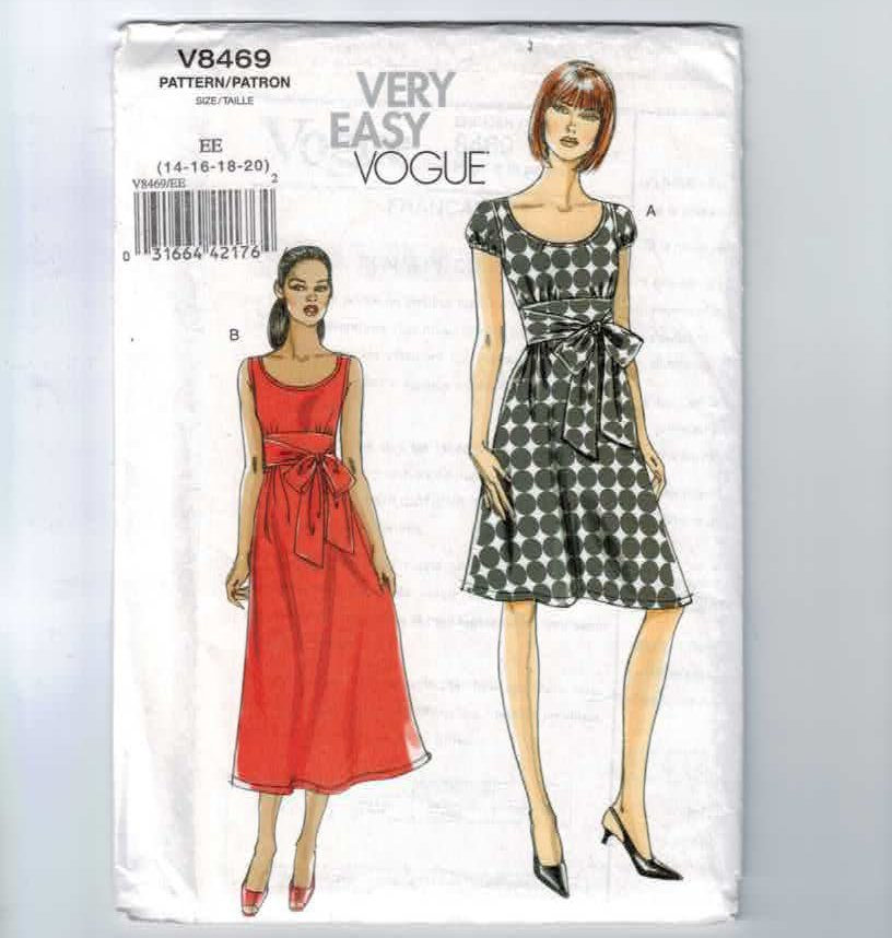 Almond rock vogue 8469 vintage retro sewing roses pattern