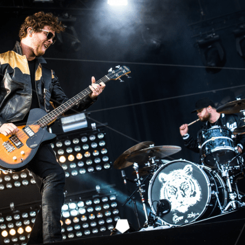 Royal Blood (Photo Credits: Chris Stessens)