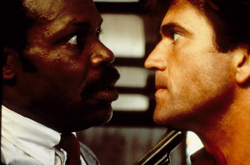 Lethal Weapon is a Christmas movie made for the Scrooges and Grinches of the world! | almostginger.com
