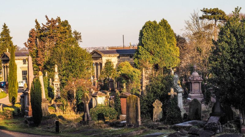 One of the main Sherlock Film Locations in Bristol is Arnos Vale Cemetery | almostginger.com