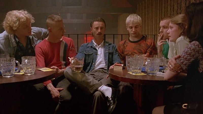 Main characters sat in the Crosslands pub in the film Trainspotting (1996)