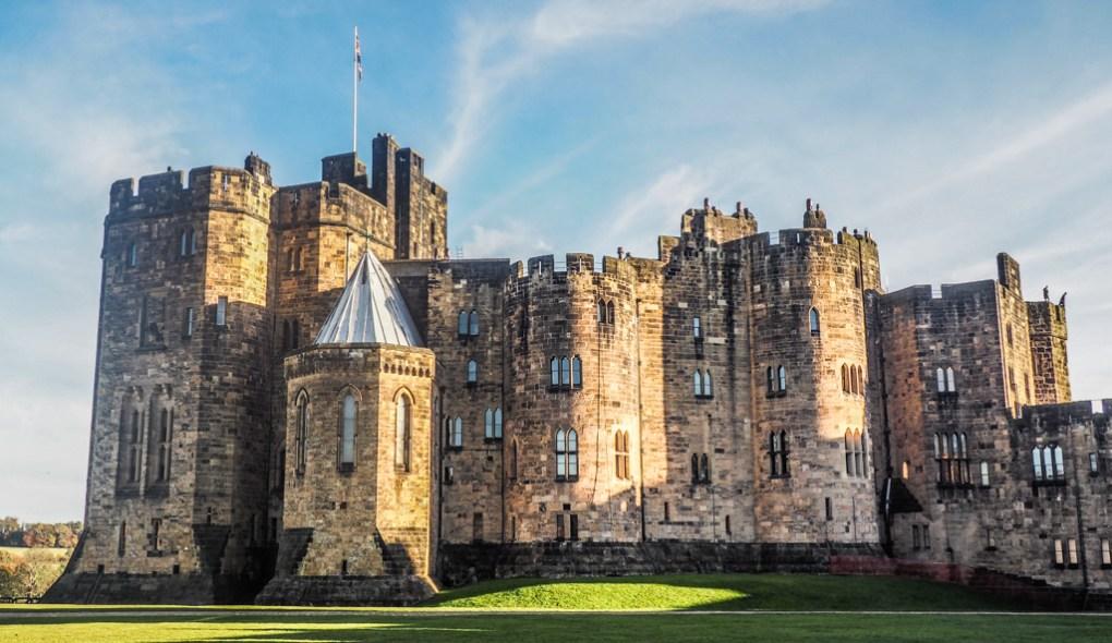 Harry Potter Film Locations at Alnwick Castle, Northumberland | Harry Potter Filming Locations | Harry Potter and the Philosopher's Stone filming locations | Harry Potter and the Chamber of Secrets filming locations | almostginger.com