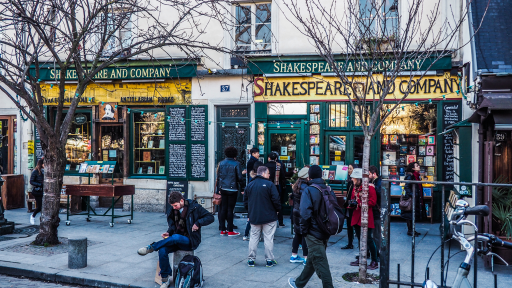 Shakespeare & Company Bookshop in Paris, France exterior