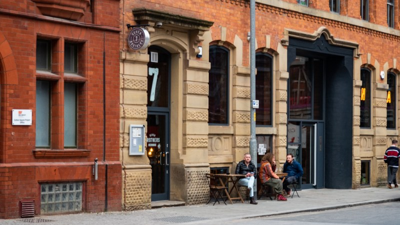 Where to Drink the Best (Local) Craft Beer in Manchester, UK | almostginger.com
