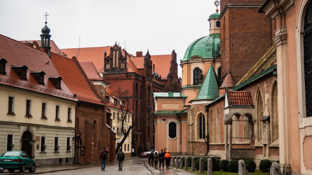 Street near the Cathedral on Cathedral Island in Wrocław, Poland, how to spend 48 Hours in Wrocław, Poland