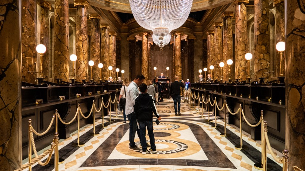 Gringotts set at Warner Bros. Tour/The Making of Harry Potter in London