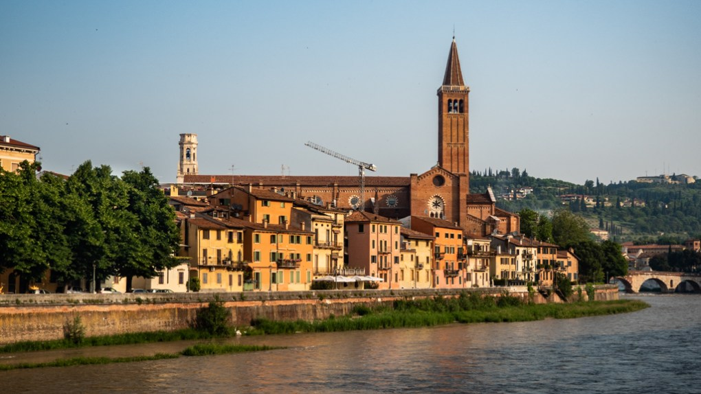 Basilica di Sant'Anastasia in Verona, Italy, 24 hours in Verona