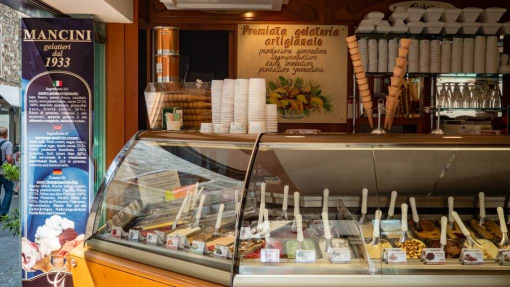 Visit Gelataria Mancini on a Sirmione day trip on Lake Garda, Italy