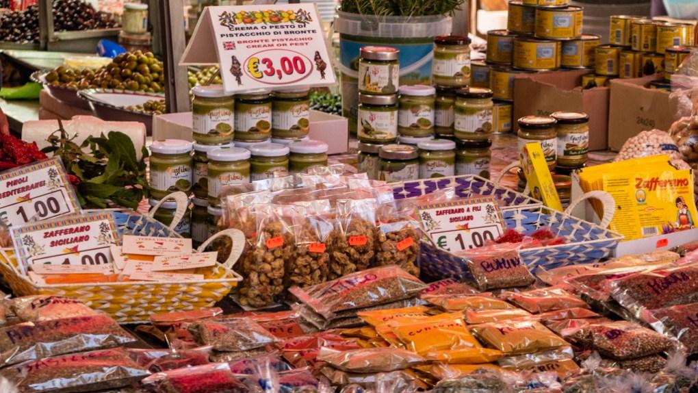 Spice stall at Mercato del Capo in Palermo, Sicily | 48 Hours in Palermo, Sicily Travel Guide