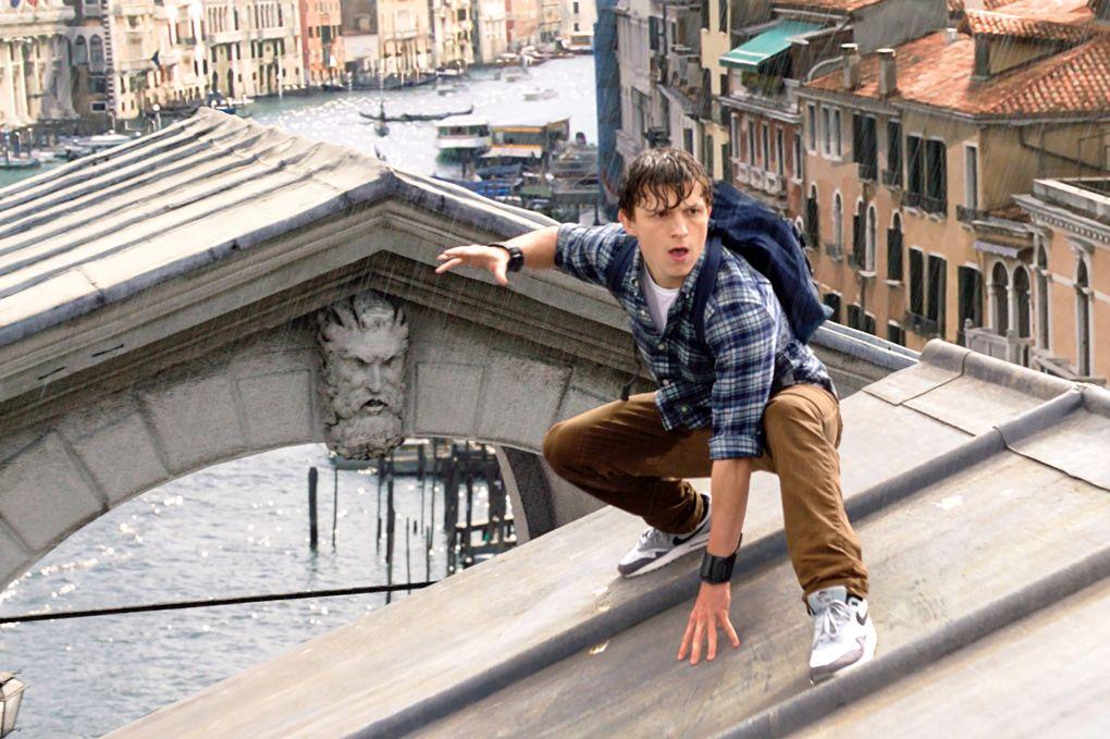 Best Travel Movie Spider-Man: Far From Home (2019)