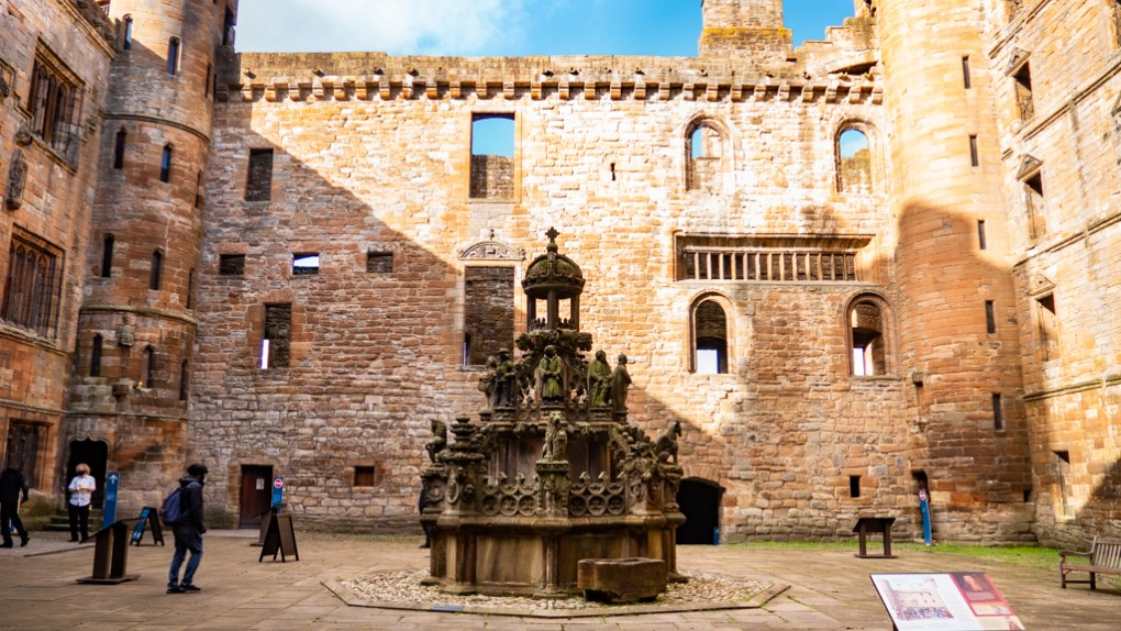 Linlithgow Palace Courtyard with Fountain in Linlithgow, Scotland