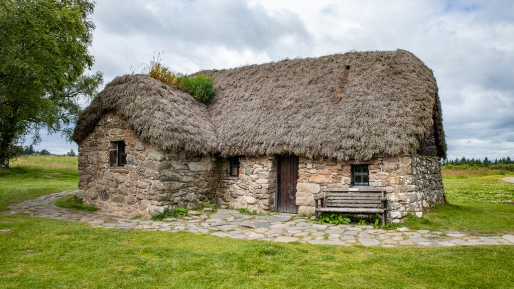Culloden Battlefield Hospital Cottage in Scotland Outlander Culloden Battlefield Location