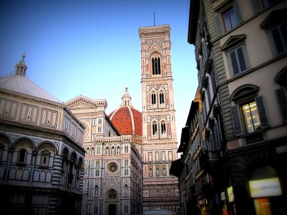 Il Duomo can be seen from many angles.