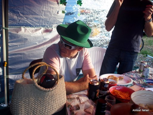 That's a fine green hat!