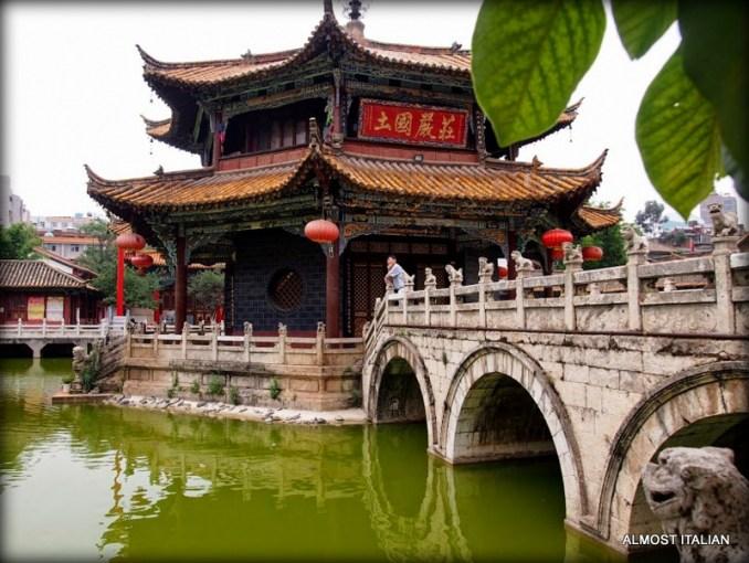 Bridges of Yuantong Temple, Kunming, China – ALMOST ITALIAN