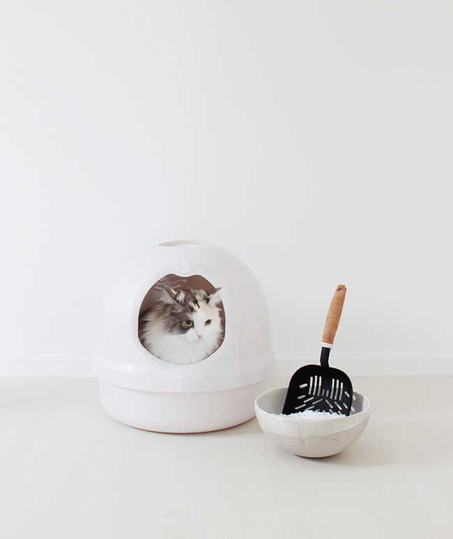 diy-leather-litter-scooper-almost-makes-perfect