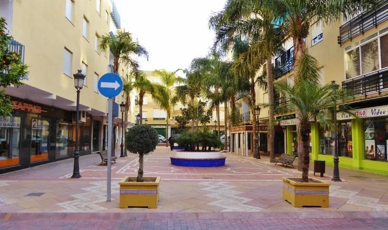 Almuñécar Plazas - Plaza los Magnolios