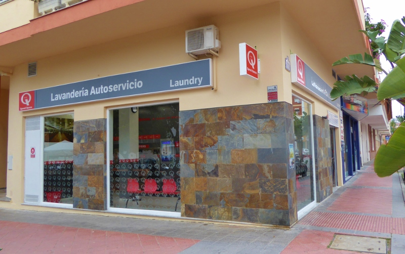 Check Out The Speed Queen Laundromat - Almuñécar Info