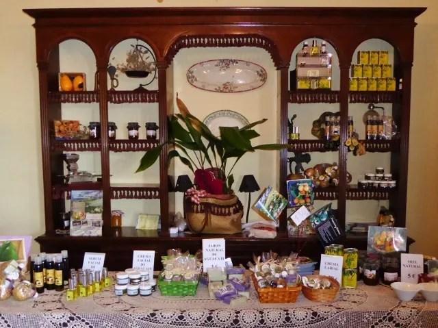 Finca San Ramon shop and natural products