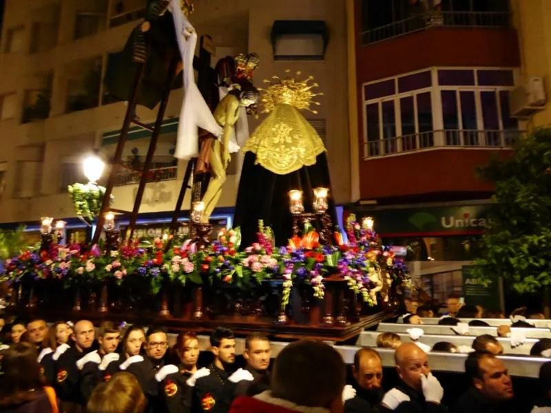 Semana Santa Wed COFRADÍA DEL DESCENDIMIENTO Y SANTA MARÍA DEL ALBA (2) (800x600)