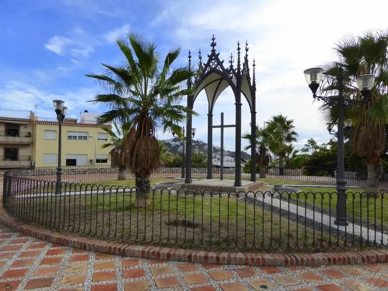 Plaza Santa Cruz Almunecar