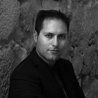 Miguel Ángel Martínez Pozo - La tienda de libros