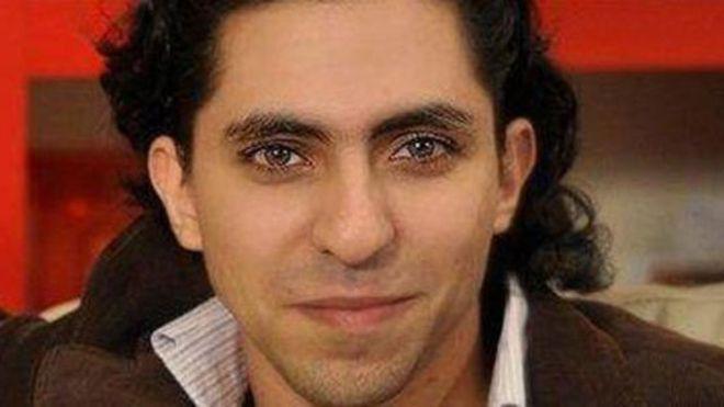 المدون والناشط السعودي رائف بدوي مسجون بموجب قانون مكافحة الجرائم الإلكترونية السعودي