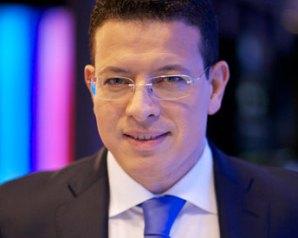 الليلة: عمرو عبدالحميد يفتح من يمثل الشعب في لقاء الرئيس بحوار القاهرة
