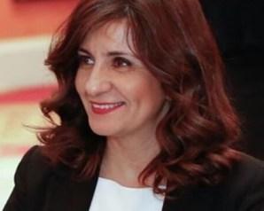 وزيرة الهجرة تتواصل مع الجالية المصرية في قطر عقب قطع العلاقات