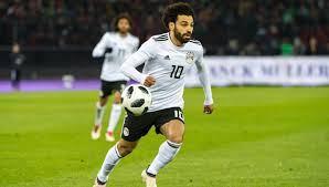 ديلى ميل: محمد صلاح ينافس ميسي ورونالدو على أضواء كأس العالم