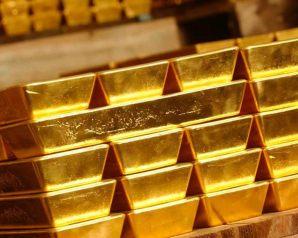 تزامنا مع تراجع الدولار ، الذهب يسجل إرتفاعا