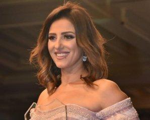 """حنان مطاوع تحصل على جائزة أفضل ممثلة من مهرجان """"همسة"""""""
